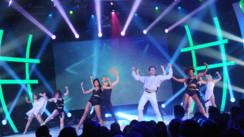 Chorégraphie groupée sur Jennifer Lopez